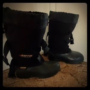 Baffin snowmobile boots